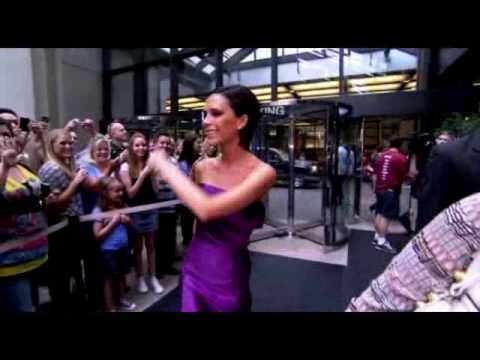 Victoria Beckham - American Idol Guest Judge Intro...