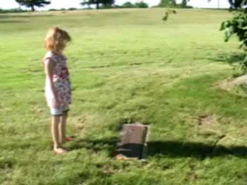 forest lawn memorial gardens lasalle il. - YouTube