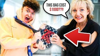 15 YEAR OLD USES MOM'S CREDIT CARD TO SPEND $1000