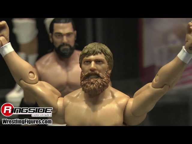 Mattel WWE SDCC SUNDAY Figure Display - SDCC 2013 NEW Wrestling Figures San Diego Comic Con Travel Video