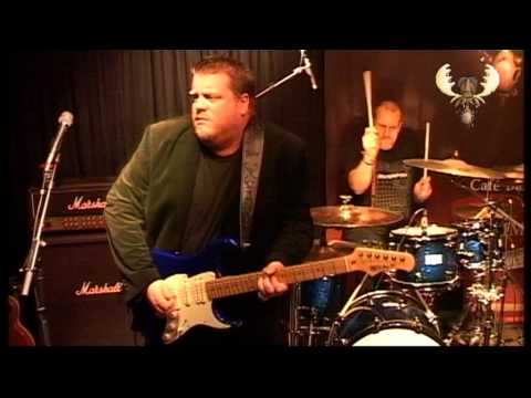 Danny Bryant - Days like this - Live @ Bluesmoose café - Live recorded for Bluesmoose radio