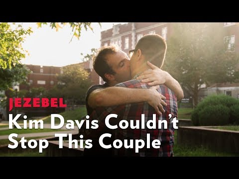 First Gay Marriage In Rowan County After Kim Davis Was Released