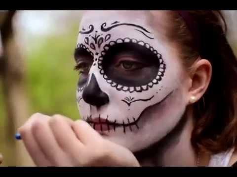 Make Up Tutorial Santa Muerte Sugar Skull Youtube