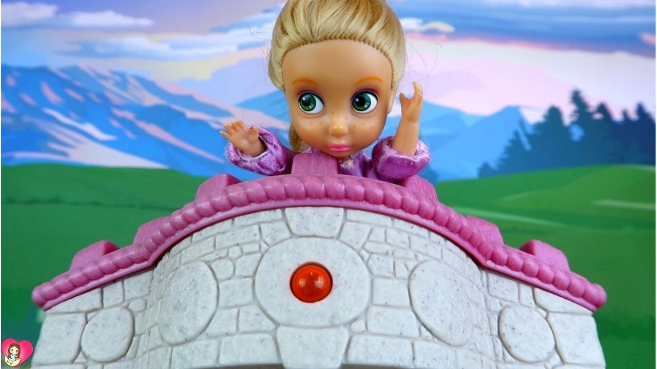 RAPUNZEL PUINISHED FOR TELLING LIES | Luna's Toys and Dolls