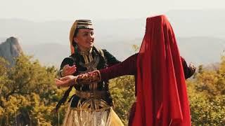 Клип крымскотатарского ансамбля 'Къырым' 'Пенджереси'