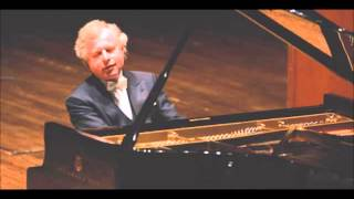 Haydn  Sonata in C major, Hob XVI:50  Ist Mov. Schiff