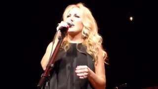 "Lee Ann Womack-Live-""Ashes By Now"""