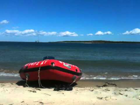 Lunch on Moo Cow island 8-23-11.mov