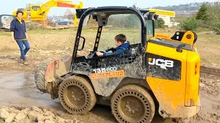 Kid Ride on POWER WHEEL Tractor Excavator in a Digger Land UK