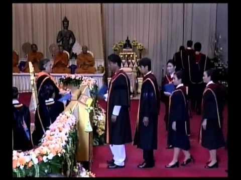 พิธีพระราชทานปริญญาบัตรแก่บัณฑิตรามคำแหง รุ่นที่ 39 วันที่ 6 มีนาคม 2557 คาบเช้า