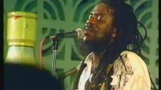 Dennis Brown-man next door live jamaica
