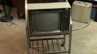 3 more days until Analog TV (NTSC) goes off the air in USA.  Watch it on a 1967 RCA Victor COLOR TV!