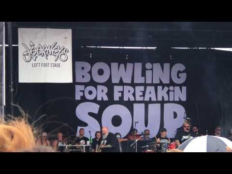 bowling for soup into (here comes bowling or soup) vans warped tour 7/30/17 houston texas