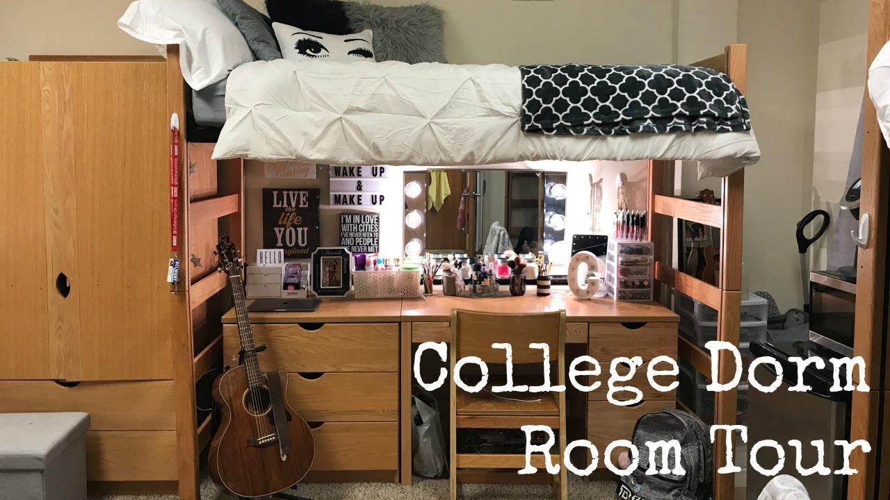 College Dorm Teen Masturbates