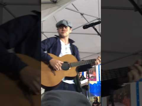 Niall Horan Today Show Soundcheck 5/29-...