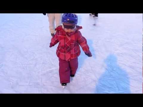 Alicia-Rose en patin