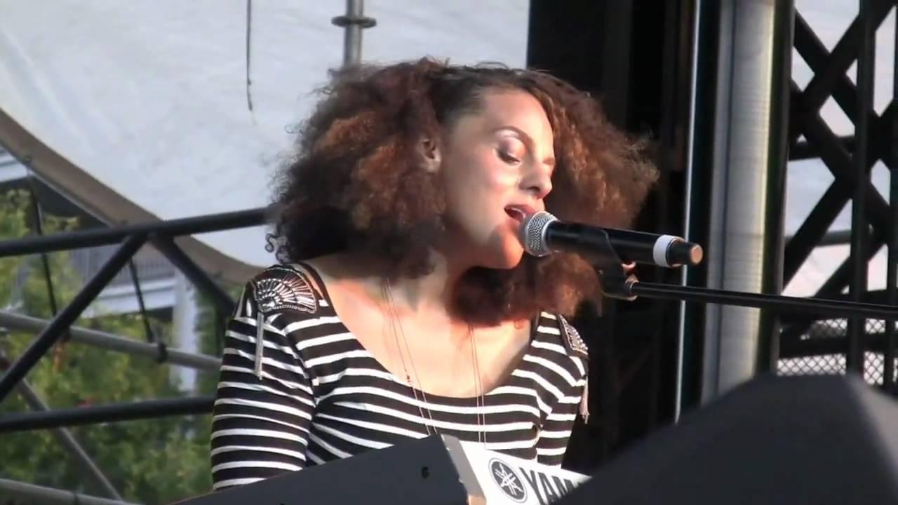 Marsha Ambrosius Floetry