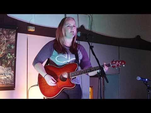 Gemma Fox - UNDER PRESSURE