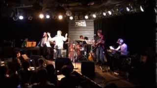 わがバンド『アッキー岡光&エルヴィスライダース』のライヴです。 美し...