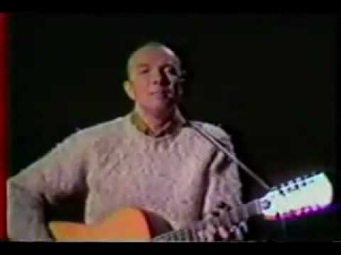 pete-seeger---waist-deep-in-the-big-muddy