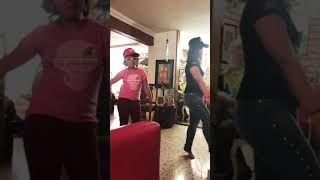 Montserrat y Magdalena / El Ganador /Nicky Jam