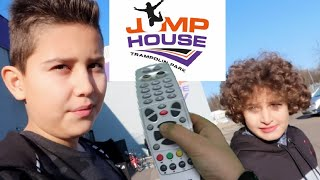 PAUSE CHALLENGE UND YASIN´S GEBURTSTAGS VORBEREITUNG IM JUMP HOUSE