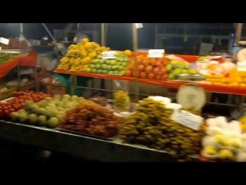 Surat Thani fruit market along the river