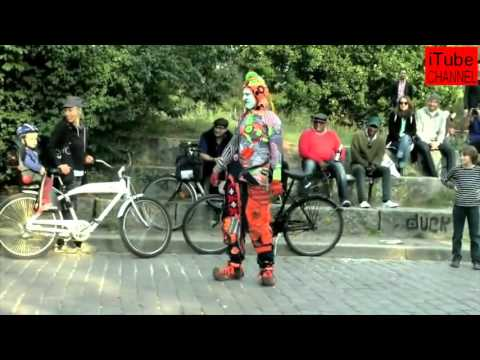 iTube l  Funny Street Clown Show Part - I