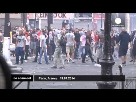 France: Police fire tear gas as banned pro-Palestinian protest turns violent - no comment