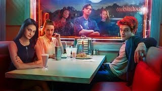 """Riverdale Season 1 Episode 1 """"Chapter One: The River's Edge"""" Review"""
