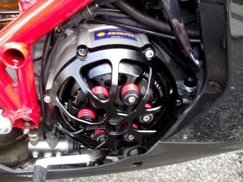 ducati 1098s - new clutch cover and pressure plate - youtube