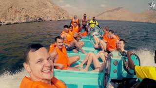 Trip with enjoy, from Dubai (UAE) to Oman. Boat tour by Indian Ocean.Travel to Border. Banana.2017