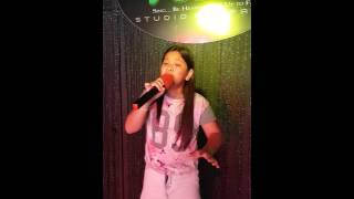 Elha Nympha practicing her very first single entitled SUSUNDUIN