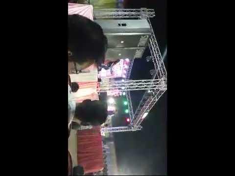 बैतालपुर महोत्सव में जलवा बिखेरते