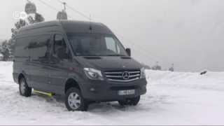 The Mercedes 4x4 Sprinter | Drive it!(The Mercedes Sprinter is Europe's undisputed top dog in the 3.5-ton commercial van segment. Now the German carmaker has produced an all-wheel model ..., 2014-02-04T13:07:17.000Z)