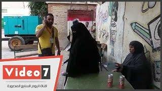 """بالفيديو..ناخبة ببولاق الدكرور:""""القاضى أخذ الورقة من والدتى عشان أمية ومش عارفة الرمز"""""""