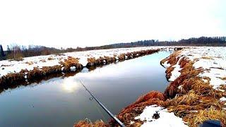 ЭТОЙ рыбалки я ЖДАЛ ВСЮ ЗИМУ Весенний жор щуки на малой реке Весенний спиннинг в марте