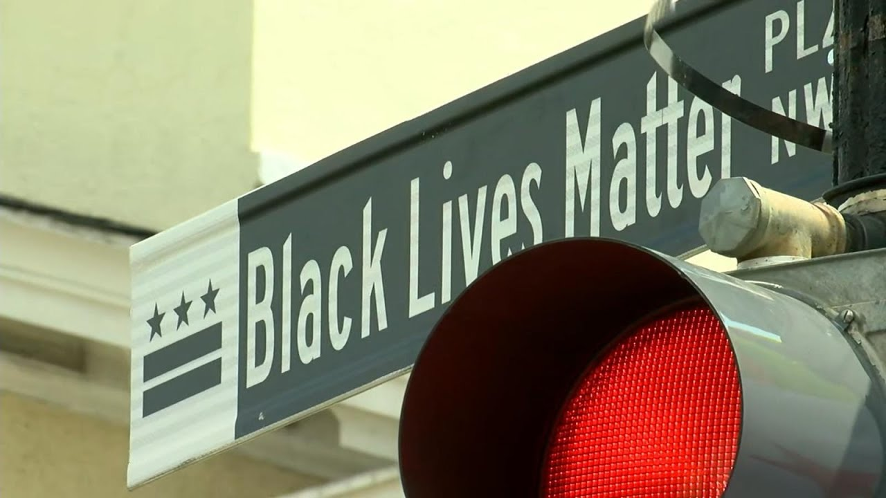 Washington,s DC paints a giant 'Black Lives Matter' message on the ...