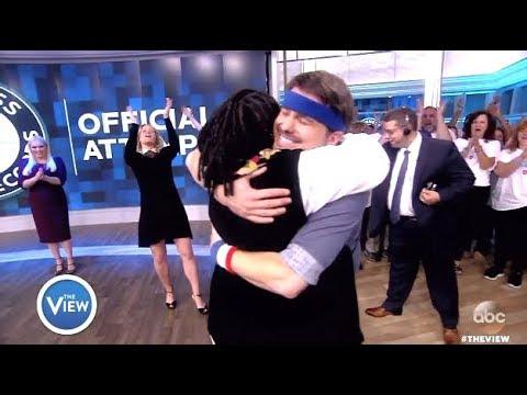 Jason Ritter Breaks The World HUG Record - The View