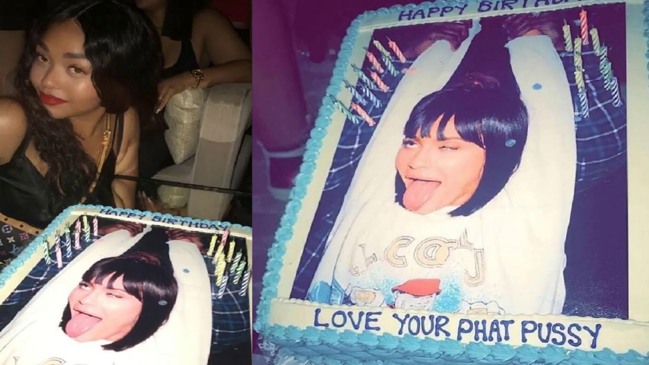 Travis Scott Gave Kylie Jenner A Controversial Birthday Cake For Her