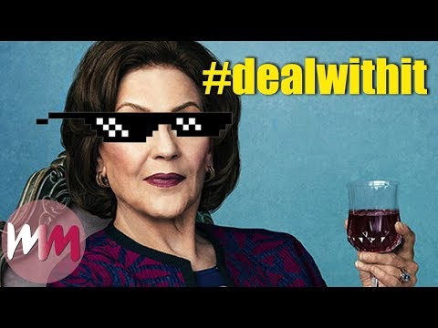Top 10 Most Savage Emily Gilmore Moments