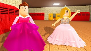 MY GIRLFRIEND DRESSES ME UP! (Roblox)