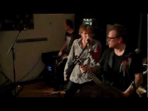 Die Toten Hosen - Rock Me Amadeus.wmv