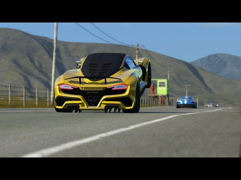 Hennessey Venom F5 vs Chevrolet Corvette C8 at Highlands