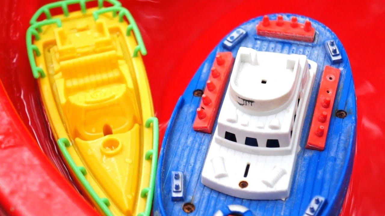 Kapal Laut Mainan Anak