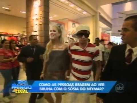 Domingo Legal - Sósia de Neymar causa tumulto nas ruas de SP