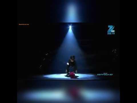 Small Boy Very Good Dance Like Maikal Jaksan....