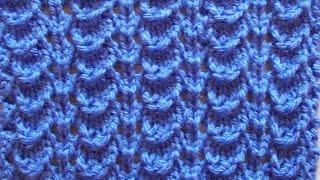 Ажурный узор чешуйками Вязание спицами Видеоурок 44