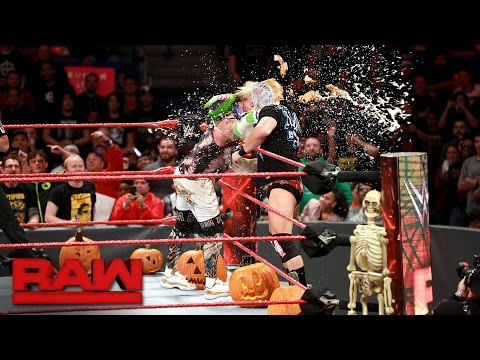 raw (10/31/2016) - 0 - This Week in WWE – Raw (10/31/2016)