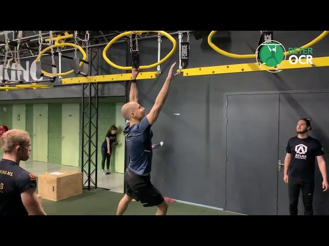 Gibbons Monkey Bars Techniek voorwaarts